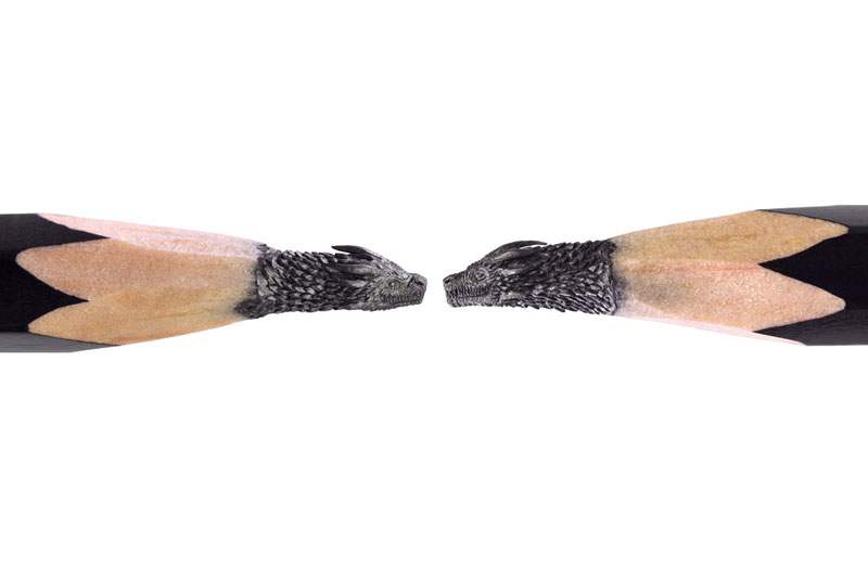 game of thrones carved into tip of pencil by salavat fidai 9 Amazing Artist Carves Game of Thrones Themed Sculptures Onto the Tips of Pencils