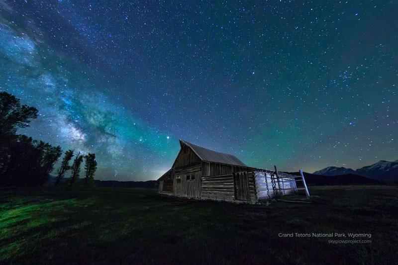 grand tetons 1 skyglow desktop wallpapers In Search of Americas Darkest Skies (24 Photos)