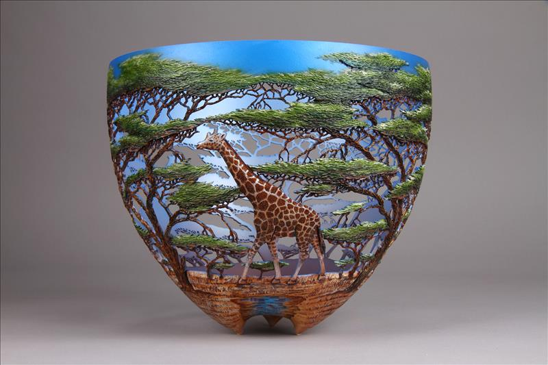 hand carved wooden bowls by gordon pembridge 11 This Artist Hand Carves Wooden Bowls Inspired by His Kenyan Roots