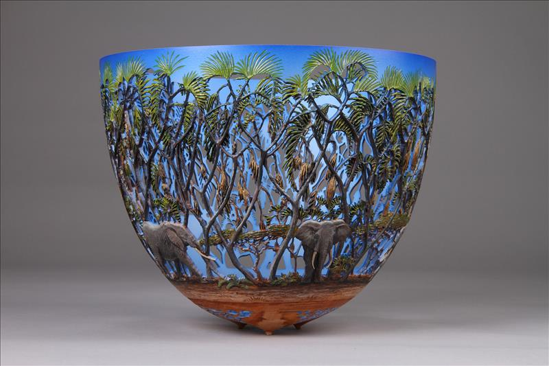 hand carved wooden bowls by gordon pembridge 14 This Artist Hand Carves Wooden Bowls Inspired by His Kenyan Roots