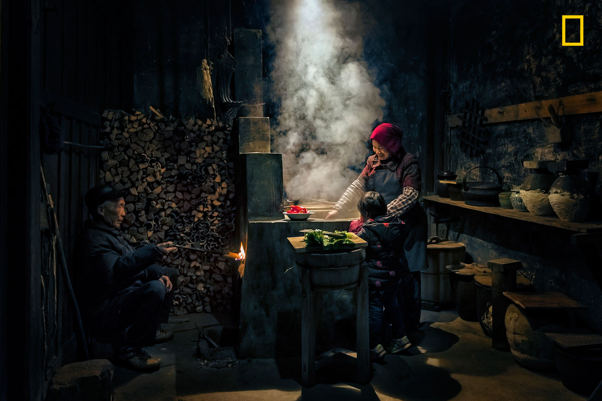010 yourshottpoy week 2  10 Stunning Portraits from the 2017 Nat Geo Travel Photographer of the Year Contest