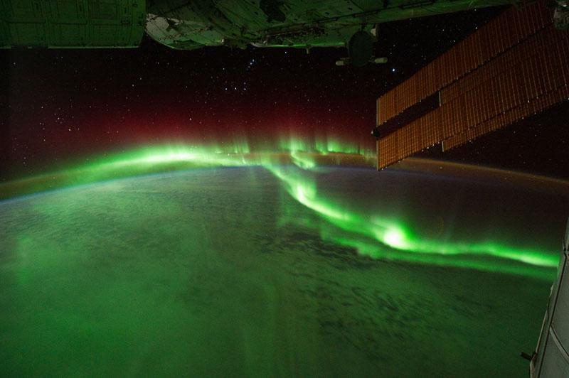 33 best auroras nasa has ever featured 22 The 33 Best Aurora Photos NASA Has Ever Featured