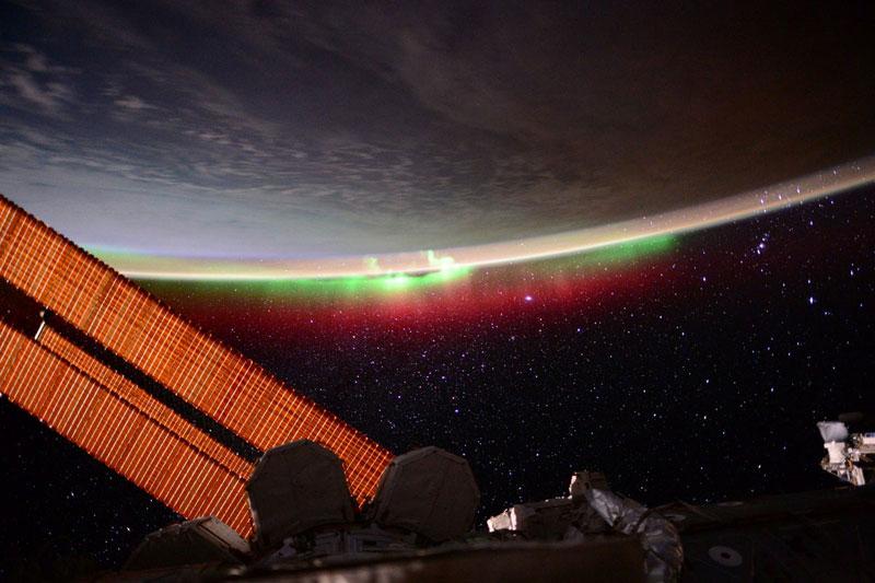 33 best auroras nasa has ever featured 28 The 33 Best Aurora Photos NASA Has Ever Featured