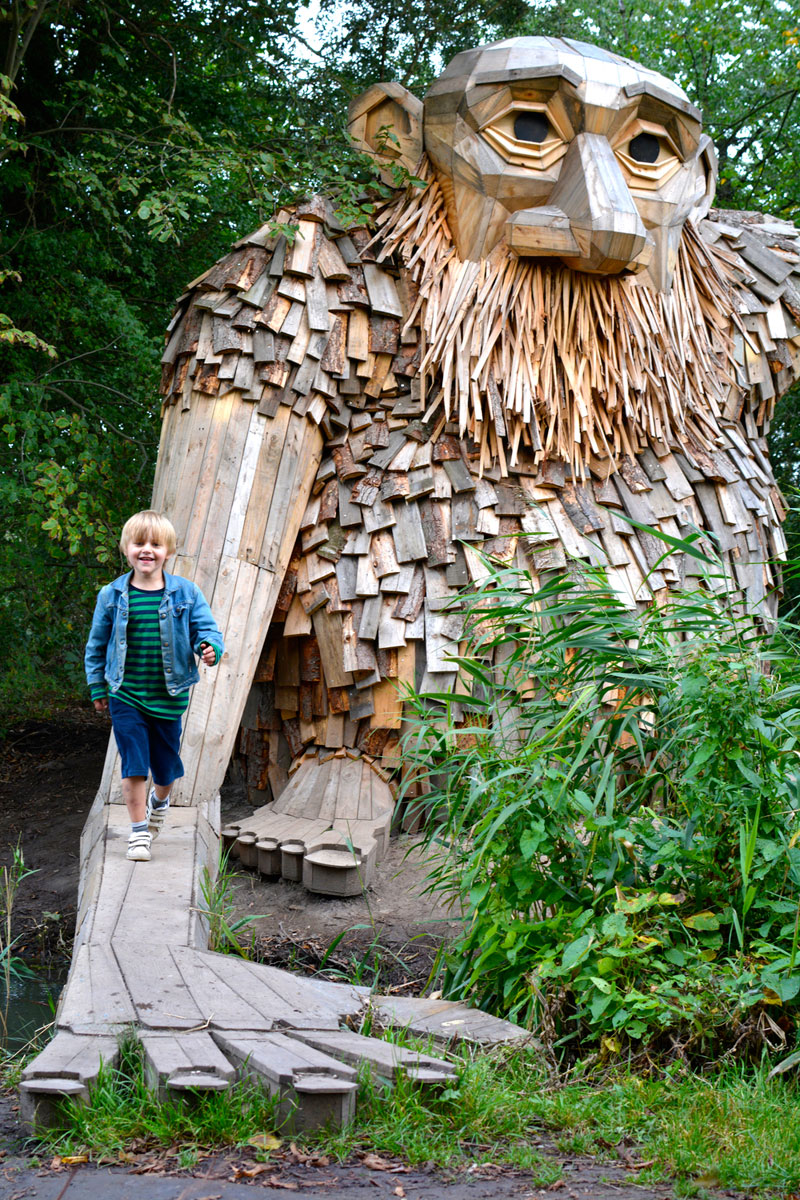 forgotten giants by thomas dambo 8 Artist Builds Forest Giants from Salvaged Materials and Hides Them in the Woods for People to Find