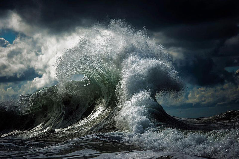 ray collins wave photos 2 Ray Collins Captures Waves Like Youve Never Seen Them Before (24 Photos)