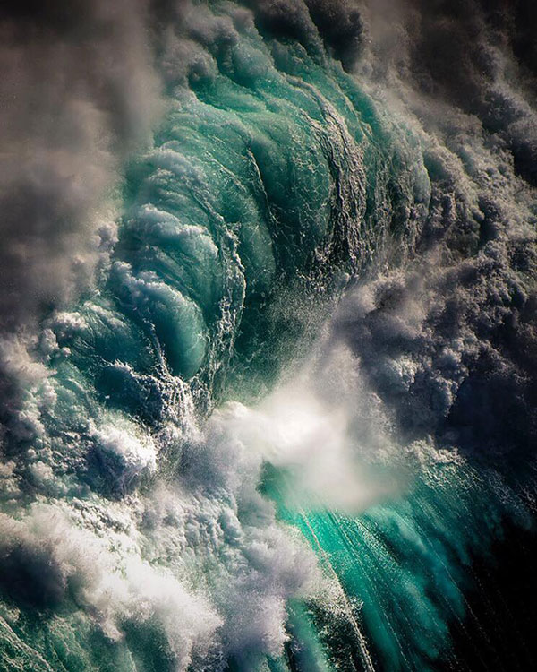 ray collins wave photos 5 Ray Collins Captures Waves Like Youve Never Seen Them Before (24 Photos)