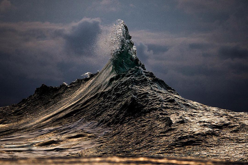 ray collins wave photos 6 Ray Collins Captures Waves Like Youve Never Seen Them Before (24 Photos)