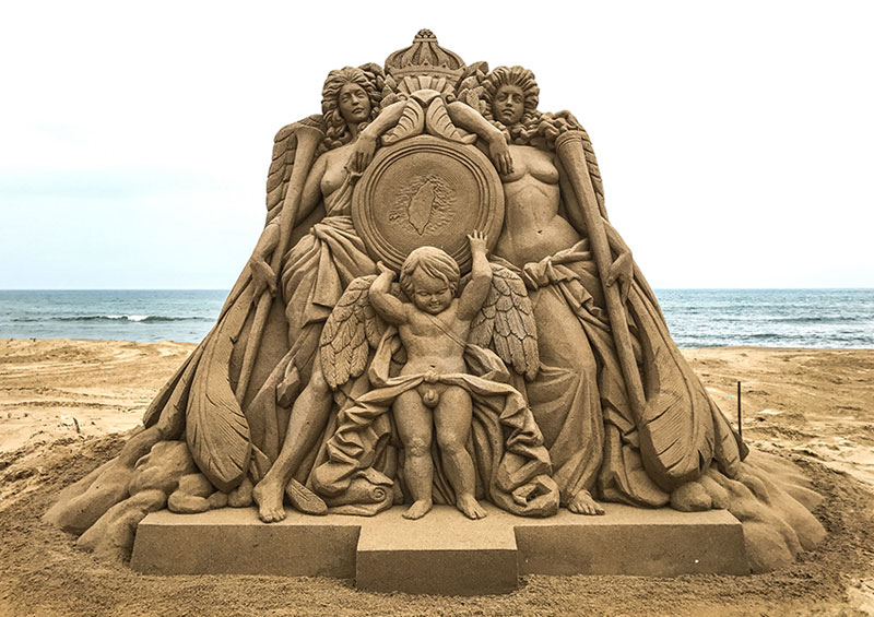 sand sculptures by toshihiko hosaka 17 Toshihiko Hosaka Creates Incredible Things Out of Sand
