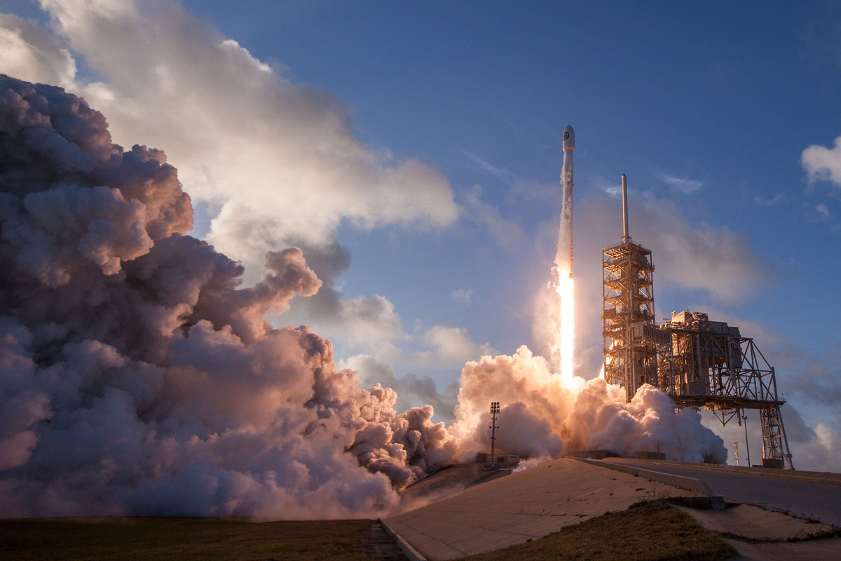 spacex nrol 76 mission takeoff Picture of the Day: Launching Falcons
