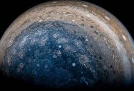 Amazing Flyover of Jupiter Stitched from Photos Taken by the Juno Spacecraft