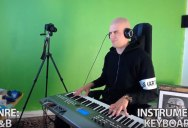 Guy Plays Toto's 'Africa' Using 12 Cheesy Keyboard Presets, Proves Song is Timeless