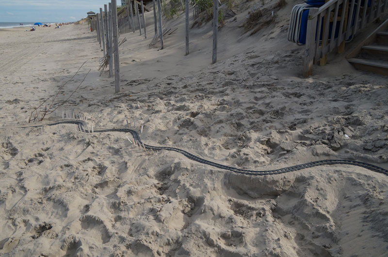 lego sand roller coaster by 5 mad movie makers 14 This Lego Sand Roller Coaster on the Beach is Awesome