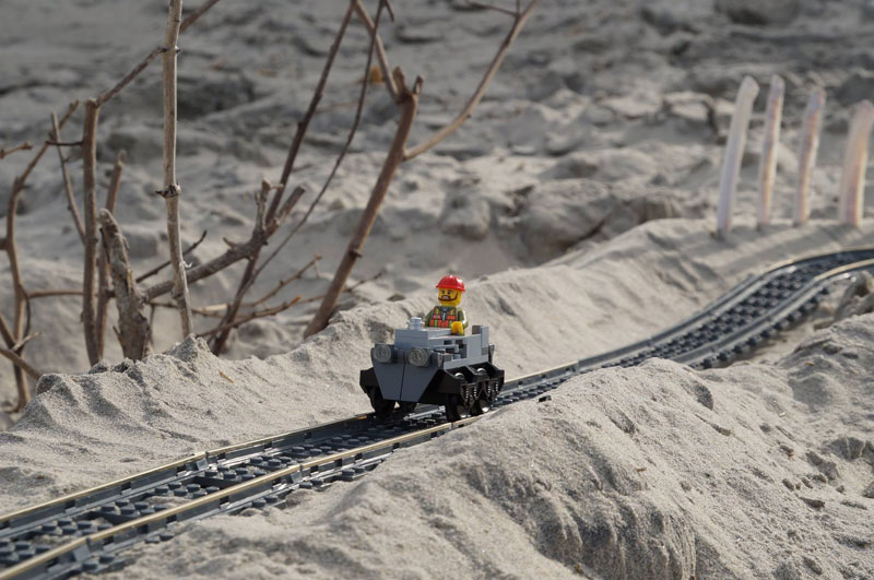 lego sand roller coaster by 5 mad movie makers 8 This Lego Sand Roller Coaster on the Beach is Awesome