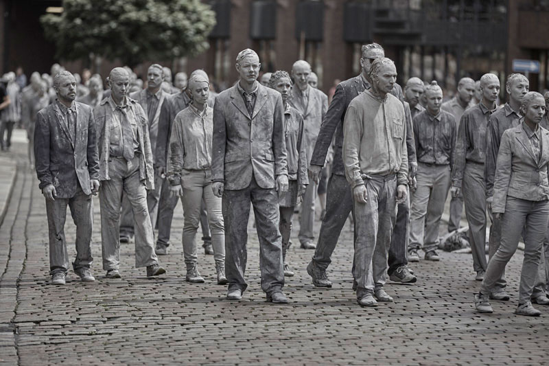 1000 clay figures descend upon g20 in powerful protest performance 4 1,000 Clay Figures Descend Upon G20 in Powerful Protest Performance