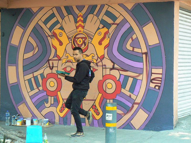 aztec inspired street art mural by rilke guillen 1 Amazing Aztec Inspired Street Art Mural by Rilke Guillen