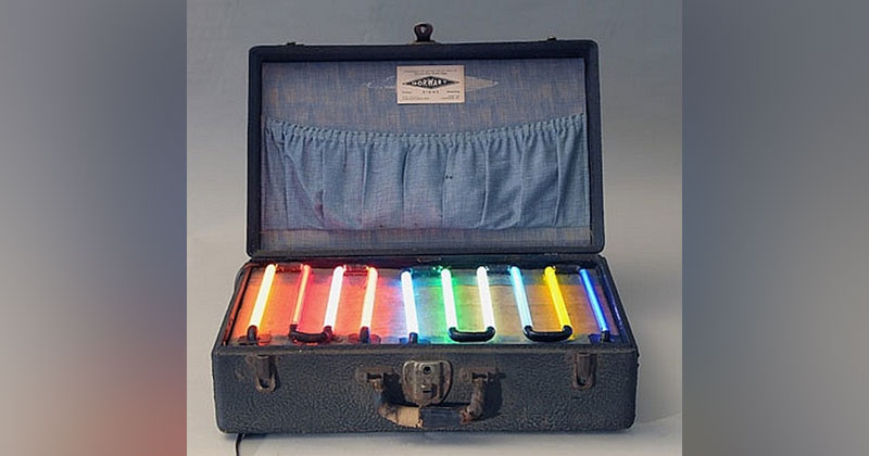 Picture of the Day: Neon Salesman's Sample Case from the 1930s