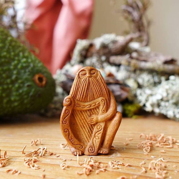 avocado stone faces carved by jan campbell 2 Waste Not, Want Not: Artist Carves Avocado Pits Into Tiny Forest Spirits