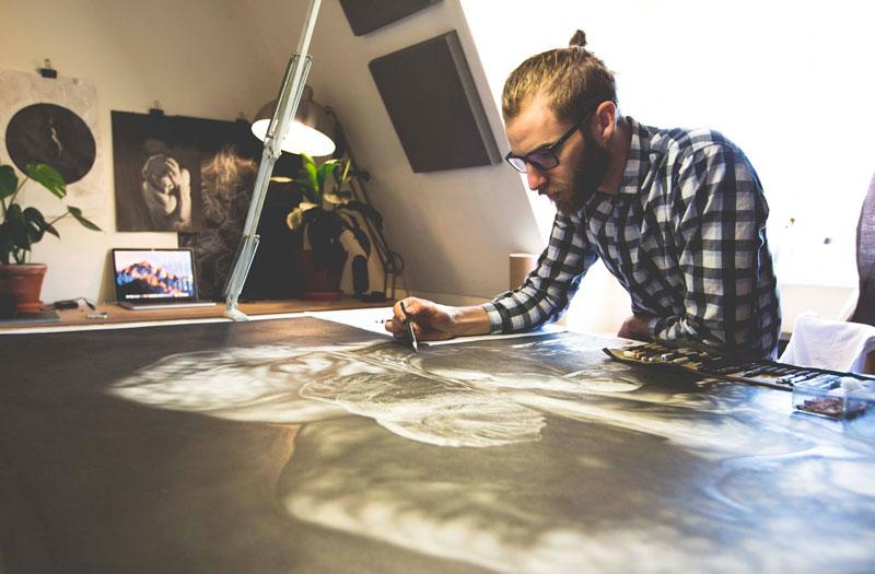 hyper realistic pencil drawings by jono dry 7 These Giant Pencil Drawings by Jono Dry are INSANE