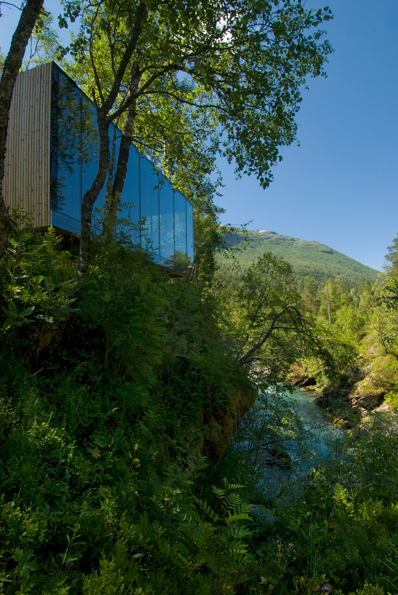 juvet landscape hotel norway 5 The Home from Ex Machina is Actually a Hotel in Norway and You Can Stay There Right Now
