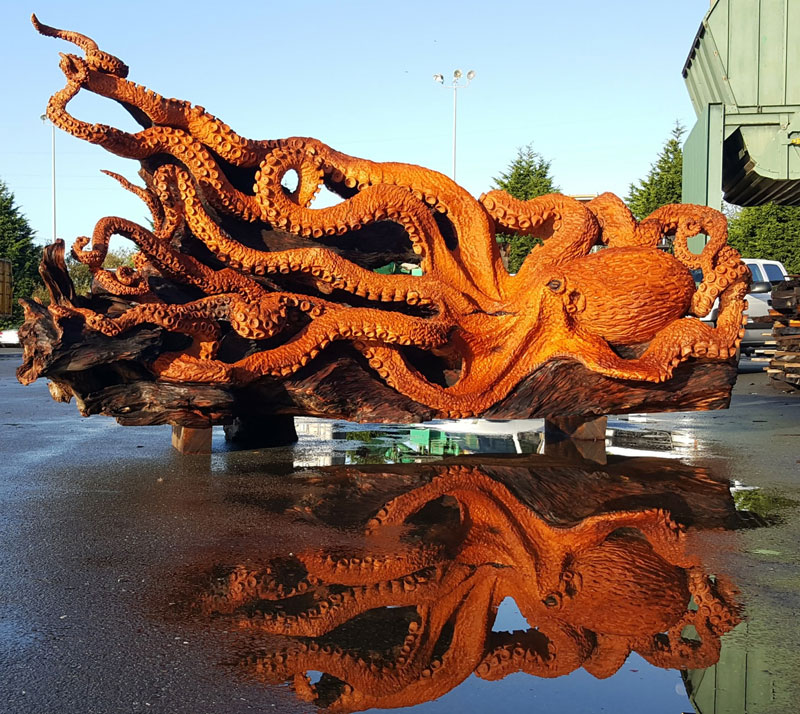 octopus carved from fallen redwood by jeffrey michael samudosky 15 Artist Transforms Fallen Redwood Into Giant Octopus (15 Photos)