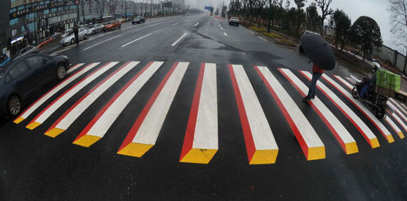 3d crosswalk 3 Cities Around the Globe are Testing 3D Crosswalks to Slow Down Drivers