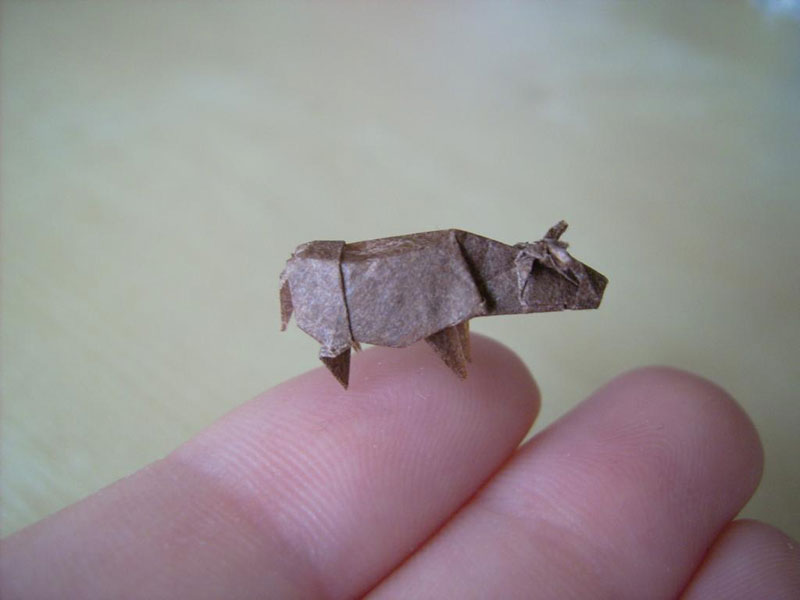 miniature origami with toothpicks by anja markiewicz 6 Paper Artist Uses Toothpicks to Fold Impossibly Small Origami