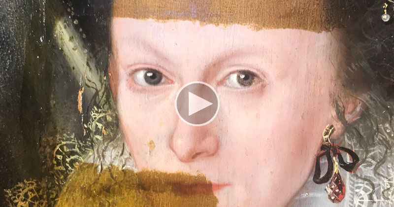 Removing 200 Years of Varnish from a Painting Looks Deeply Satisfying