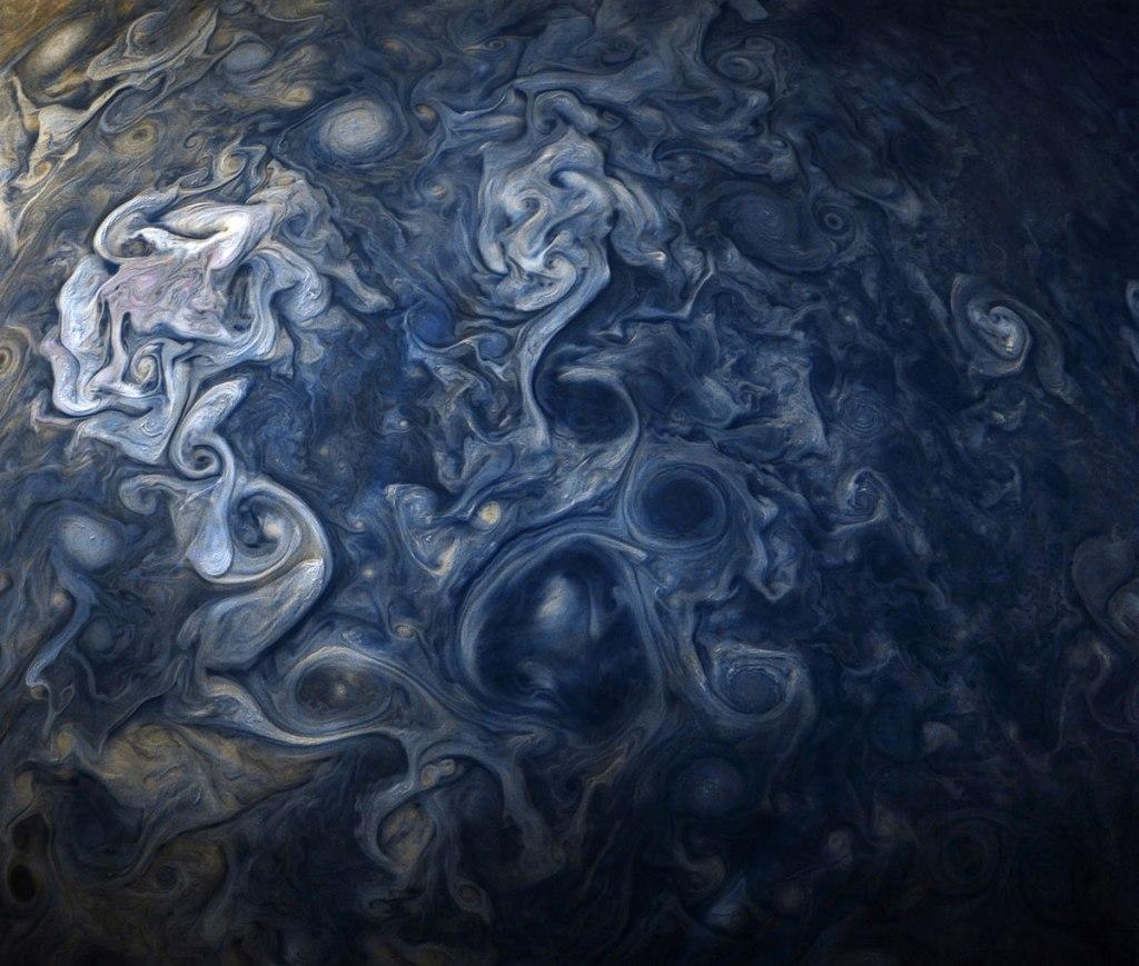 Jupiter Up Close Looks Like a Van Gogh Painting (10 Photos)