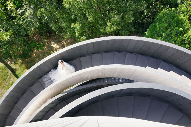 ribbon chapel by hiroshi nakamura and nap architects 4 This Award Winning, Ribbon Wedding Chapel in Japan is Breathtaking