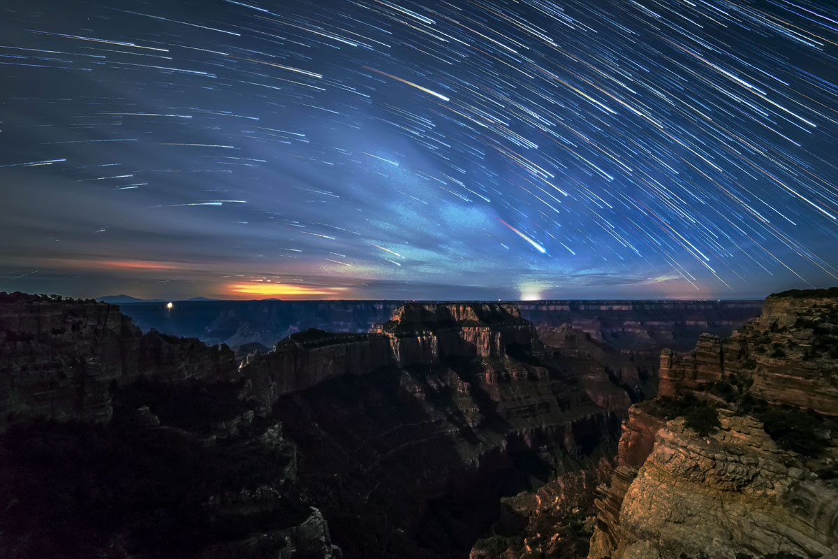 skyglow project harun mehmedinovic kaibab requiem 8 Amazing Things Happen at the Grand Canyon and this Timelapse Captures Them Beautifully