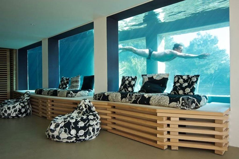 villa on the rocks france with aquarium pool 4 This Airbnb in the South of France Comes with a 91 Foot Aquarium Pool