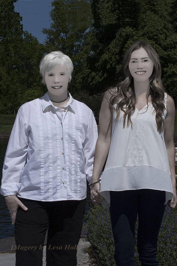 family photo photoshop fail facebook viral 1 Family Photo Shoot Goes Horribly Wrong