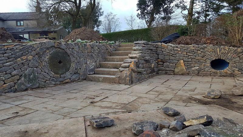johnny clasper stonework art 10 Johnny Clasper Carefully Places Stones to Create Amazing Works of Art