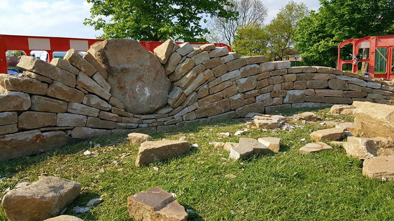 johnny clasper stonework art 4 Johnny Clasper Carefully Places Stones to Create Amazing Works of Art
