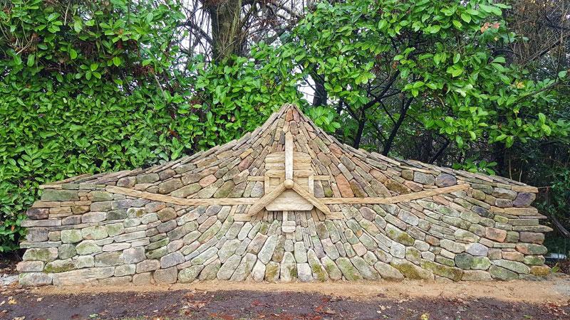 johnny clasper stonework art 7 Johnny Clasper Carefully Places Stones to Create Amazing Works of Art