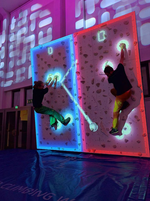 pong climbing wall augmented reality climbing wall 2 This Augmented Climbing Wall Lets You Play Pong Against Your Friends