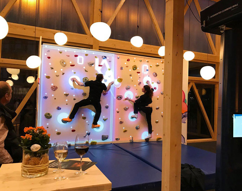 pong climbing wall augmented reality climbing wall 4 This Augmented Climbing Wall Lets You Play Pong Against Your Friends