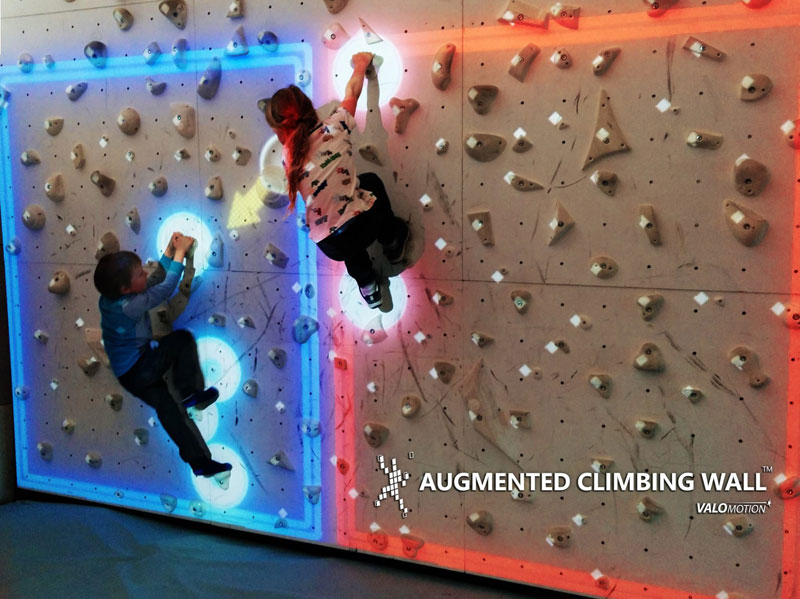 pong climbing wall augmented reality climbing wall 5 This Augmented Climbing Wall Lets You Play Pong Against Your Friends
