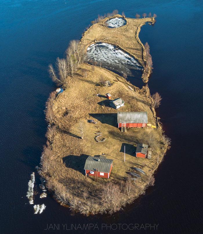 jani ylinampa life of small finnish island through the seaons 3 The Life of a Finnish Island as Told Through the Seasons
