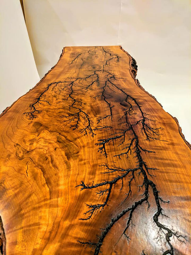 this artist burns fractals into wood and then turns it into furniture 8 This Artist Burns Fractals Into Wood and Then Turns It Into Furniture