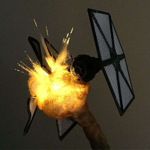 exploding model star wars ships using cotton balls and leds 3 Exploding Model Star Wars Ships Using Cotton Balls and LEDs