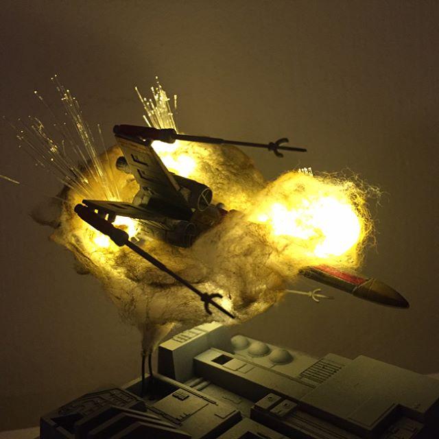 exploding model star wars ships using cotton balls and leds 5 Exploding Model Star Wars Ships Using Cotton Balls and LEDs