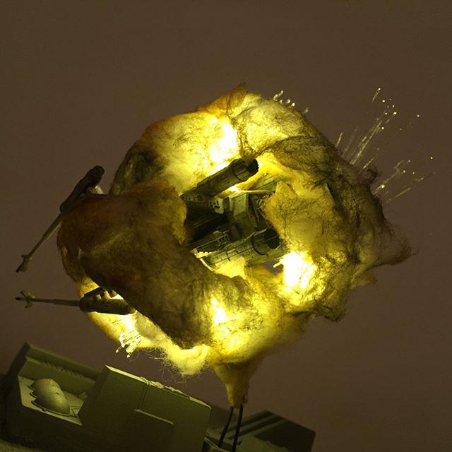 exploding model star wars ships using cotton balls and leds 6 Exploding Model Star Wars Ships Using Cotton Balls and LEDs