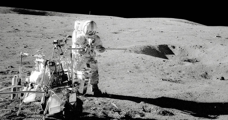 astronaut moon golf alan shepard 3 The Only Person To Ever Golf on the Moon