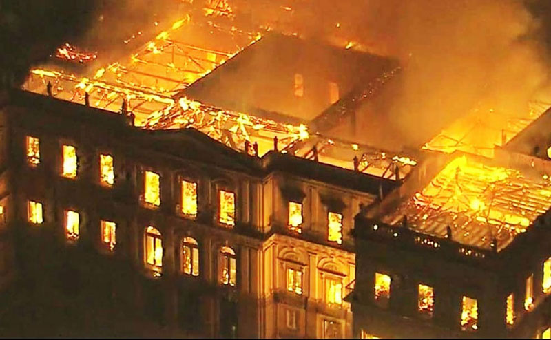 brazil museum rio on fire burns 7 Brazil Suffers Incalculable Cultural Loss as 200 Year Old Museum Burns