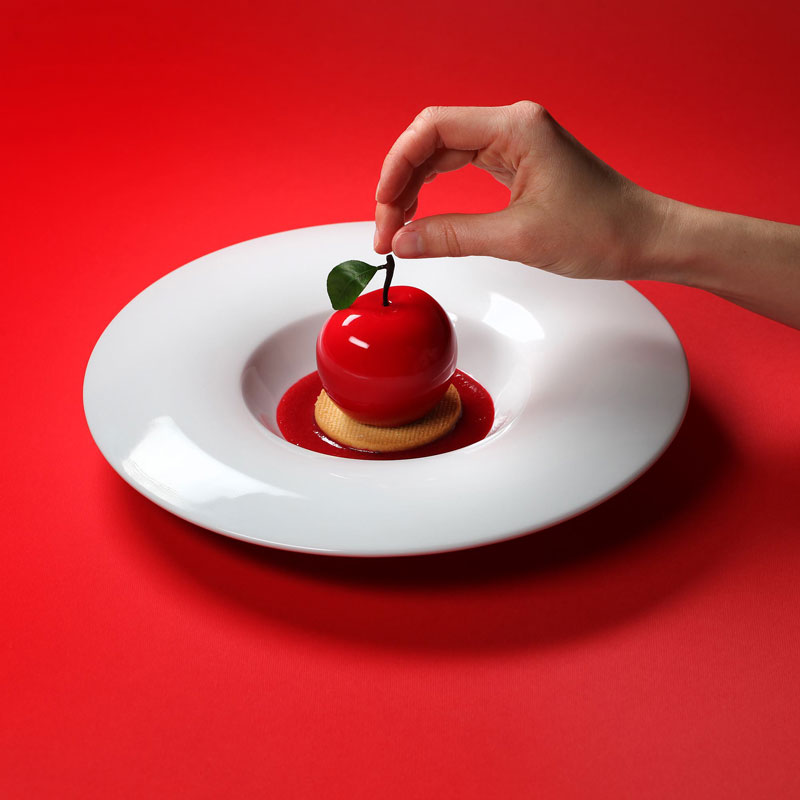 dinara kasko cake art 111 Dinara Kasko Continues to Push the Boundaries of Pastry Design (21 Photos)