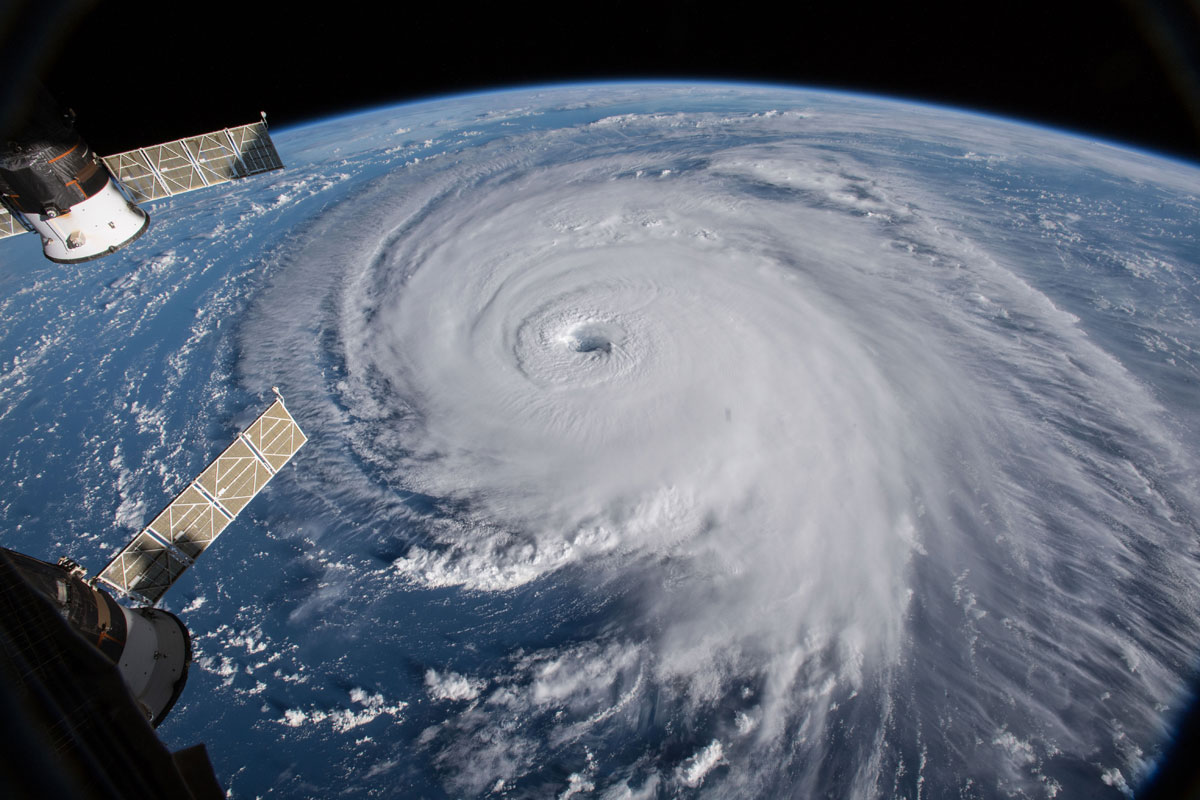 hurricane florence from space 5 Hurricane Florence Looks Terrifying from Space (11 Photos)
