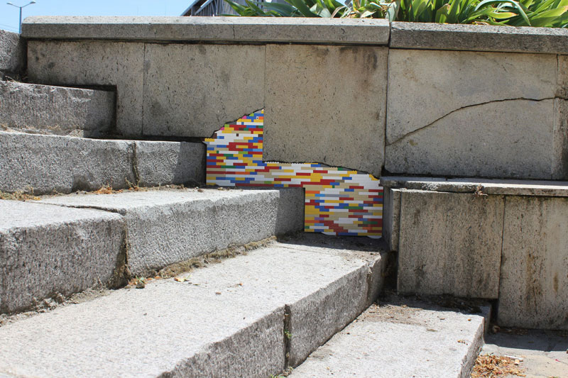 filling holes and cracks in walls with lego jan vormann 9 People Around the Globe Are Filling Cracks With LEGO (10 Photos)