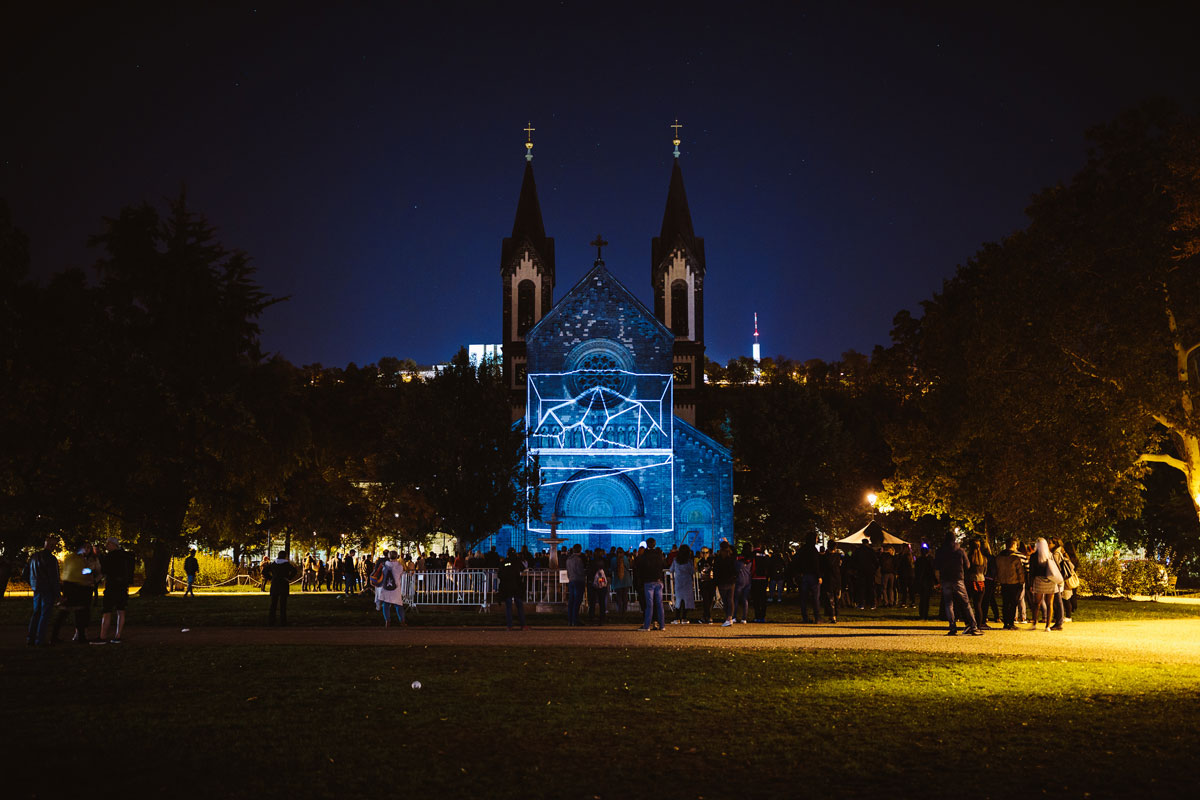 signal2018 duc5a1an vondra a6a2848 Theres an Annual Light Festival in Prague and It Looks Amazing