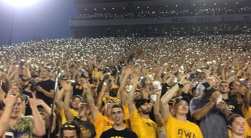 wave to the brave the amazing tradition at every iowa home game 10 Wave to the Brave: The Amazing Tradition at Every Iowa Home Game